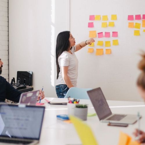 Yenilikçi tasarım, yazılım ve dijital pazarlama hizmetleri: Vayes Dijital